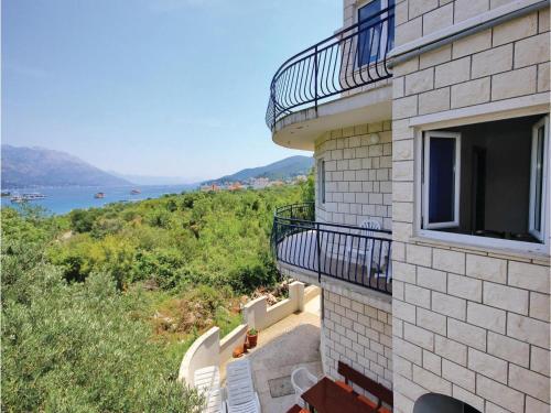 Apartment Luka I
