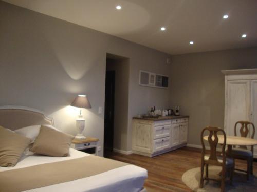 Villa cosy chambre d 39 h tes 137 rue georges bonnac - Villa cosy bordeaux ...