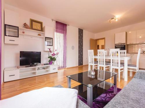 Apartment Valbandon 26