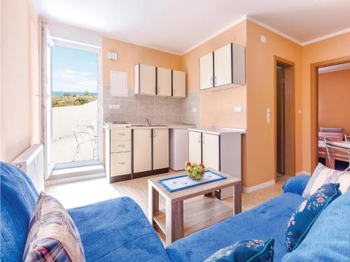 Apartment Peroj with Sea View 08
