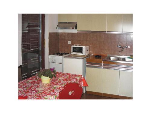 Apartment Ravni I