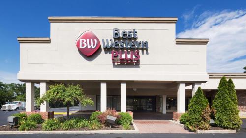 Best Western Plus La Porte Hotel & Conference Center