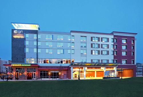 Hotels Near Short Pump Town Center Glen Allen Aloft Richmond West