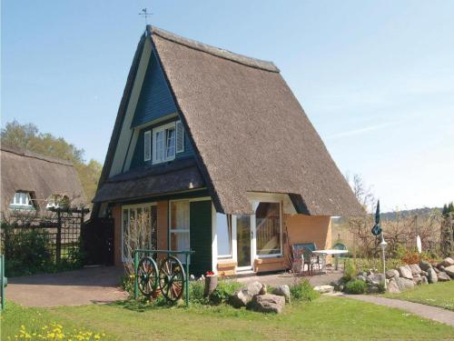 Holiday home Zur Schulmeisterwiese Q