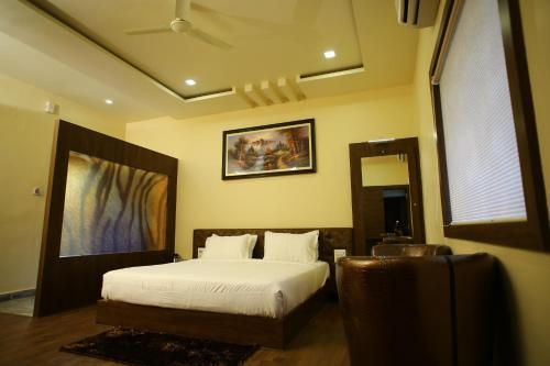 Hotel Sagar Saroj Spa & Resort