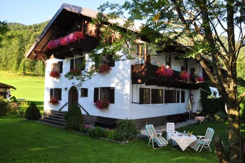Haus Thurner - Apartment mit Balkon