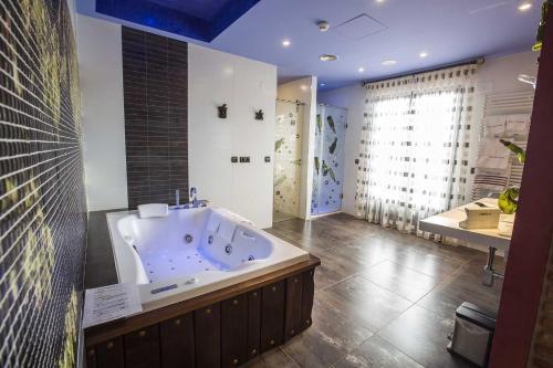 Suite Junior - Uso individual Hotel el Lagar de Isilla 8