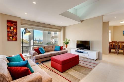 Cottesloe Contemporary Villa