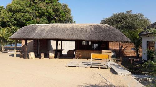Jardore Africana, Mponda