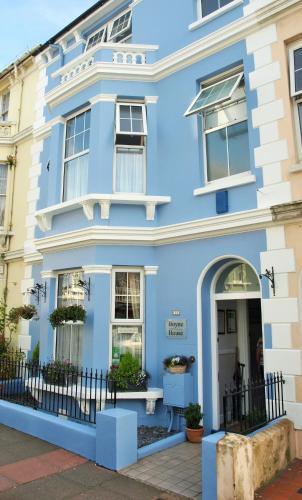 Boyne House Guest House (B&B)