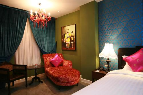 Deluxe Double Room with Dinner or Spa Package