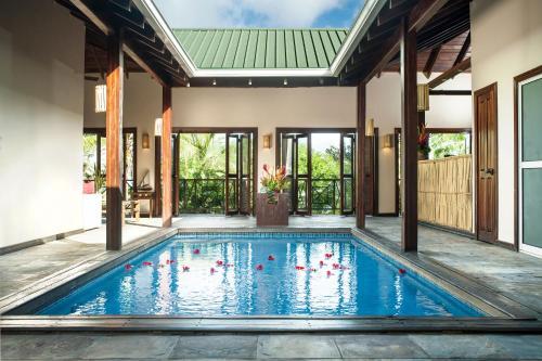 Le Phare Bleu Villa Resort, Saint George's