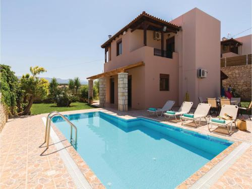 Three-Bedroom Holiday Home in Crete