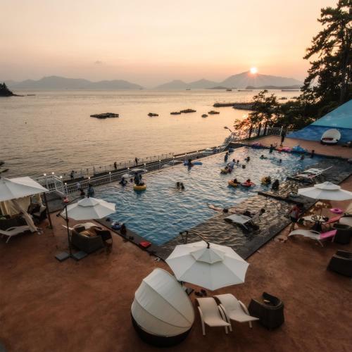 Arte Resort Spa & Pool Villa