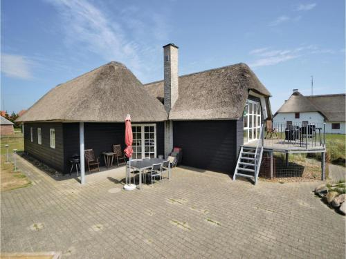 Three-Bedroom Holiday home with Sea View in Blåvand
