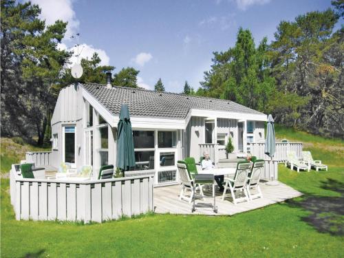 Holiday home Flæskatjiving Nexø Denm