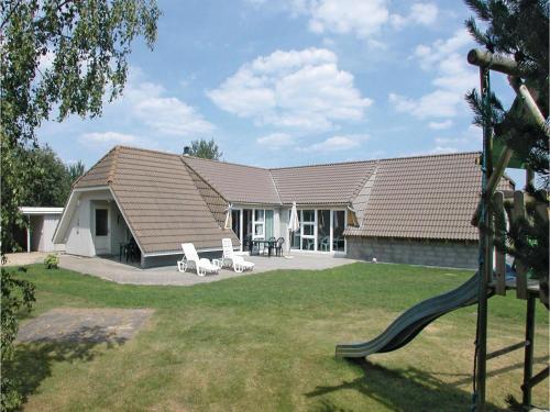Holiday home Rønnebærvangen XI
