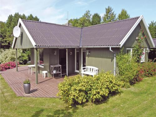 Holiday home Svaneke 22
