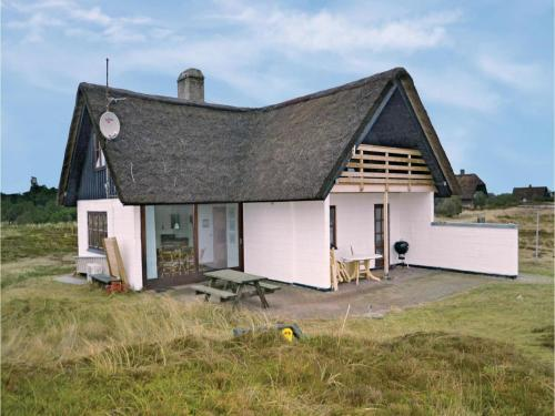 Holiday Home Hvide Sande with a Fireplace 6