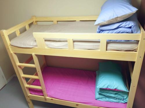 Mainland Chinese Citizens-Bed in 8-Bed Female Dormitory Room