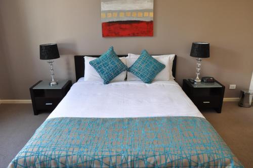 RNR Serviced Apartments Adelaide - Sturt St