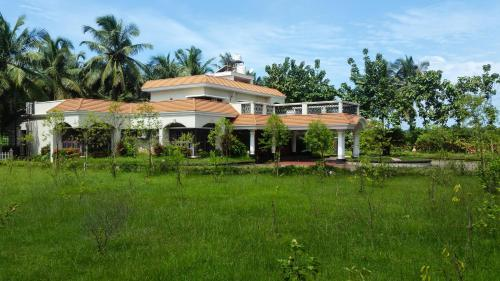 River View Guest House - Kavitha Residency