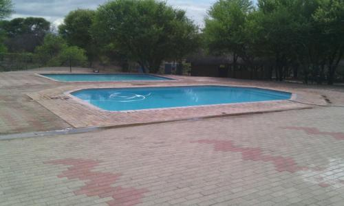 Mikelele Motel, Letlhakane