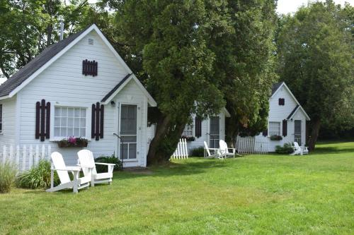 Hathaways Guest Cottages