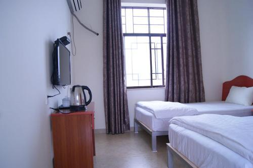 Qiong Lai Wo Long Town Xiang He Inn