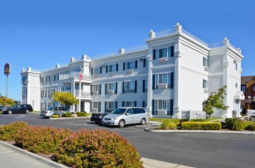 Best Western Salinas Monterey Photo