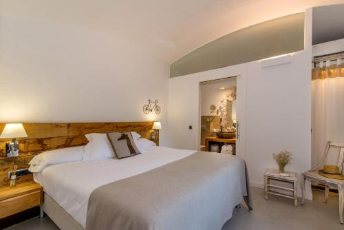 Standard Double Room Hotel Mas Carreras 1846 2
