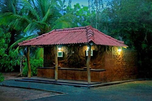 Yoho Goyagala Canel Road