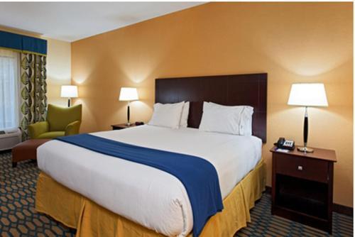 Holiday Inn Express Andalusia