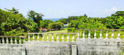 Sunrise Villa Guest House