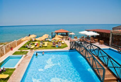 Ekavi Hotel