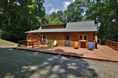 Wolf Den Lodge