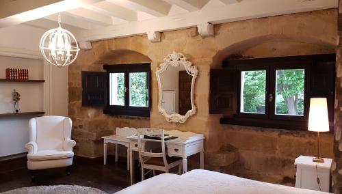 Habitación Doble (1 o 2 adultos) - 1 o 2 camas Hotel Casa del Marqués 2
