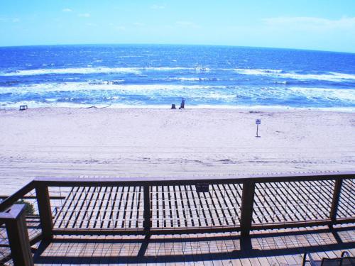 Ocean Village Hotel Photo
