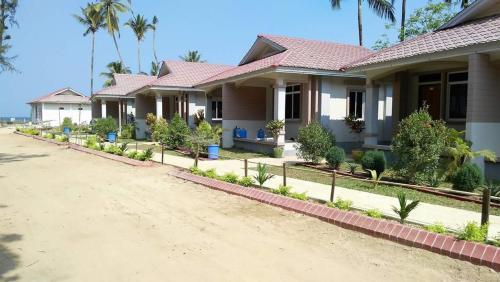 Royal Family Resort, Chaungtha