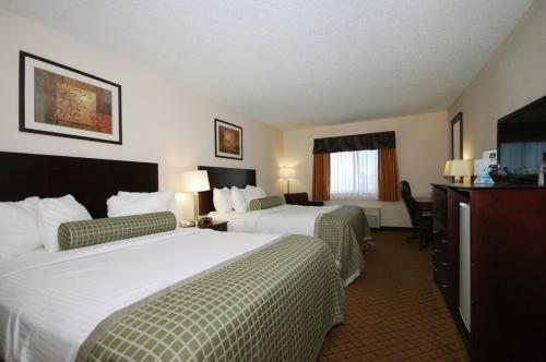 Baymont Inn Suites Delaware