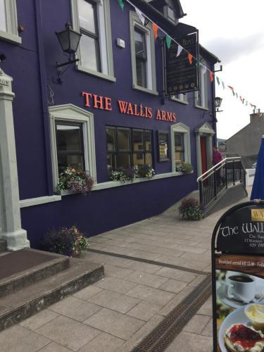 Wallis Arms Hotel