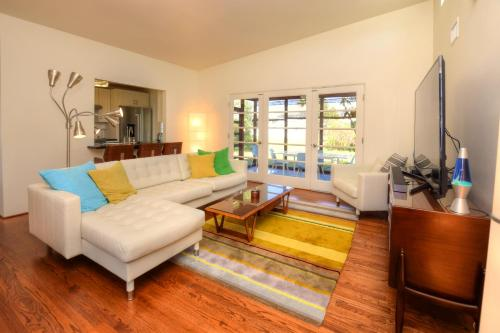 Grandview Two-Bedroom Holiday Home