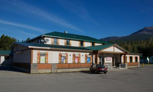 Picture of Valemount Hotel