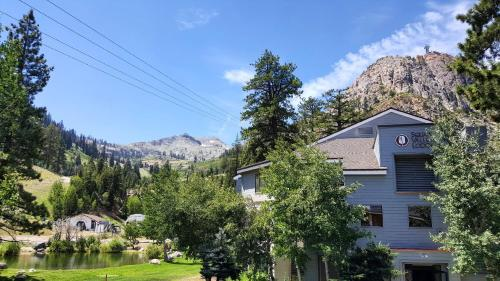 Hotels Near Tubing At Snoventures Squaw Valley