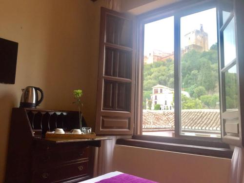 Habitación doble con vistas a la Alhambra - 1 o 2 camas Palacio de Santa Inés 8