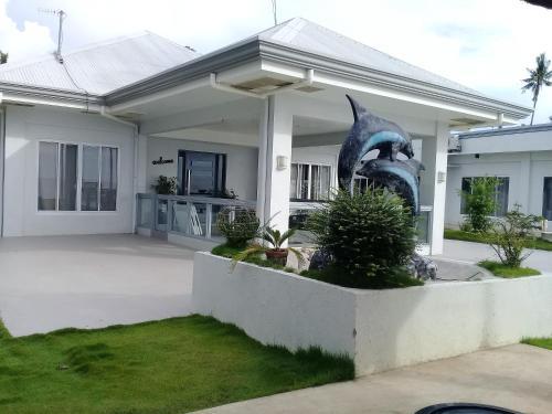 Sergi's Resort And Hotel