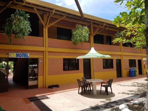 Hotel Servicentro Puerto Nus