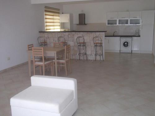 Apartments Swin-Y-Mor, Сал-Рей