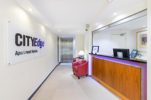 City Edge East Melbourne Apartment Hotel