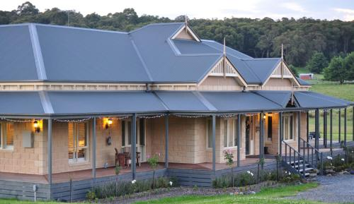 Tallawarra Bed and Breakfast